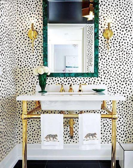 Powder Room wallpaper Photo: Thibaut